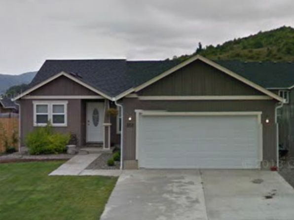 Green Real Estate Green Roseburg Homes For Sale Zillow