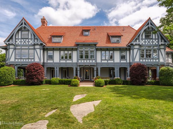 Connecticut luxury homes for sale 19 710 homes zillow for Luxury homes for sale in greenwich ct