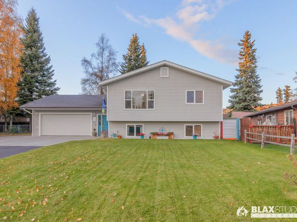 Wedgewood Suites Apartments - Fairbanks, AK | Zillow