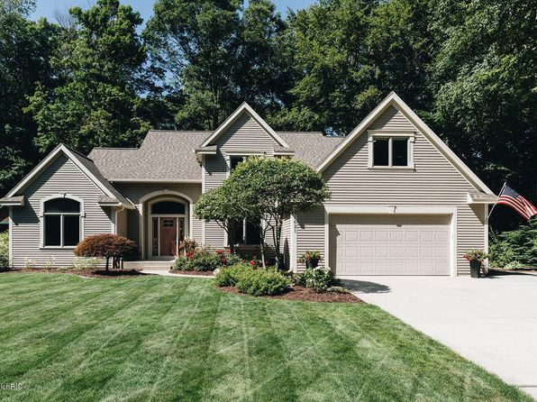 Pleasant Waterfront Grand Haven Real Estate Grand Haven Mi Homes Complete Home Design Collection Papxelindsey Bellcom