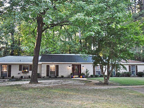 Pool House - Tupelo Real Estate - Tupelo MS Homes For Sale ...