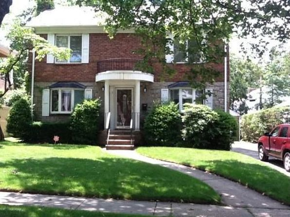 8215 192nd st jamaica ny 11423 zillow for 155 10 jamaica avenue second floor jamaica ny 11432