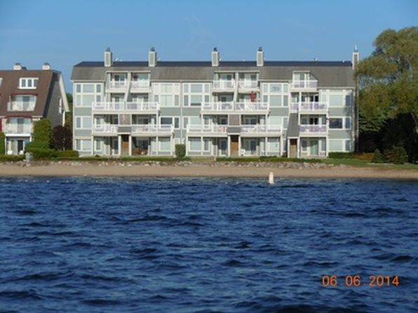 2 bed 2 bath Condo at 300 Front St Boyne City, MI, 49712 is for sale at 390k - 1 of 26