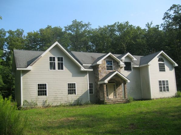 2 bed 3 bath Single Family at 16 Bayberry Rd Newton, NJ, 07860 is for sale at 179k - 1 of 6
