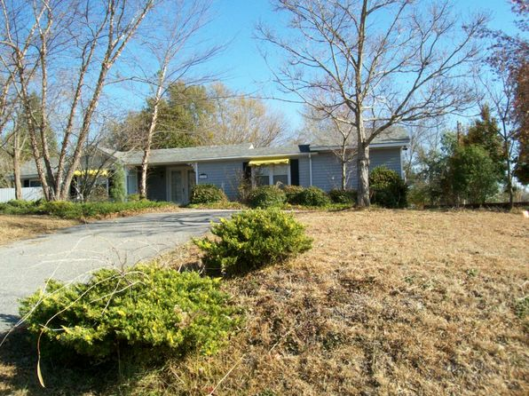 3 bed 2 bath Single Family at 1141 WHIPPOORWILL RD HARTSVILLE, SC, 29550 is for sale at 126k - 1 of 8