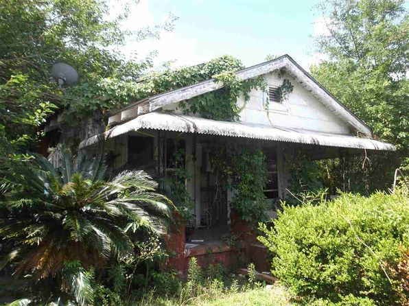 3 bed 1 bath Single Family at 1027 4th St Quincy, FL, 32351 is for sale at 18k - 1 of 4