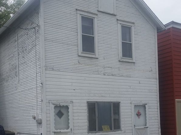 4 bed 2 bath Single Family at  MAIN ST CLARIDGE, PA, 15623 is for sale at 40k - 1 of 3