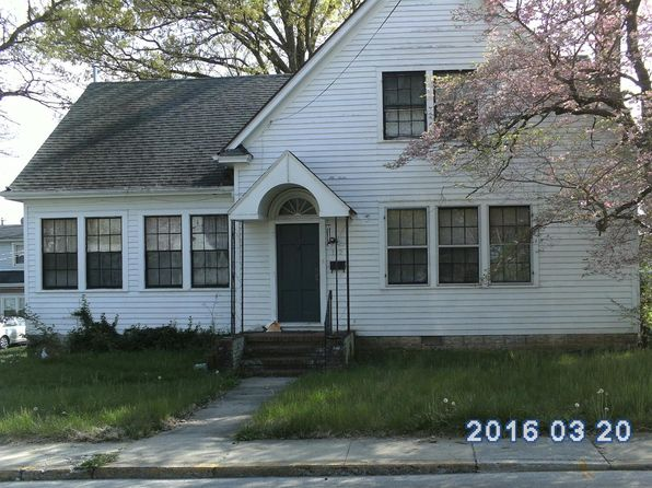 3 bed 1.5 bath Single Family at 112 E 9th St Paris, KY, 40361 is for sale at 80k - 1 of 19