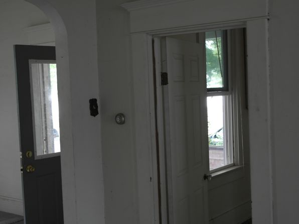 2 bed 2 bath Single Family at 304 E Main St Flora, IN, 46929 is for sale at 25k - 1 of 25