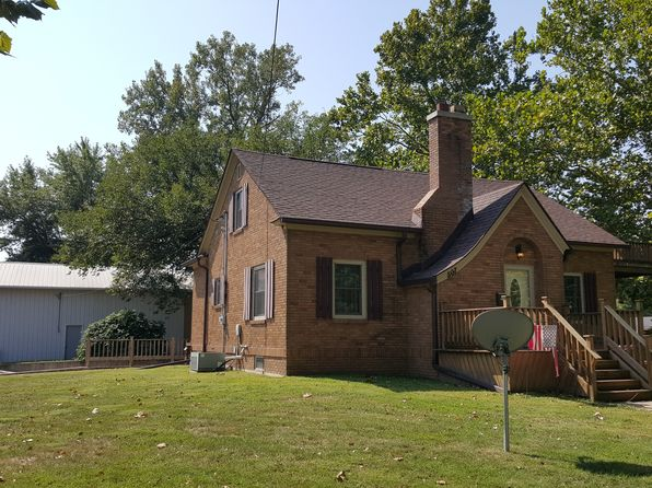 3 bed 2 bath Single Family at 507 W Walnut St Bloomfield, IA, 52537 is for sale at 157k - 1 of 13