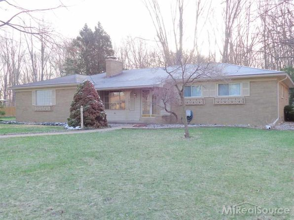 3 bed 2.5 bath Single Family at 35066 Dumbarton St Harrison Township, MI, 48045 is for sale at 225k - 1 of 39
