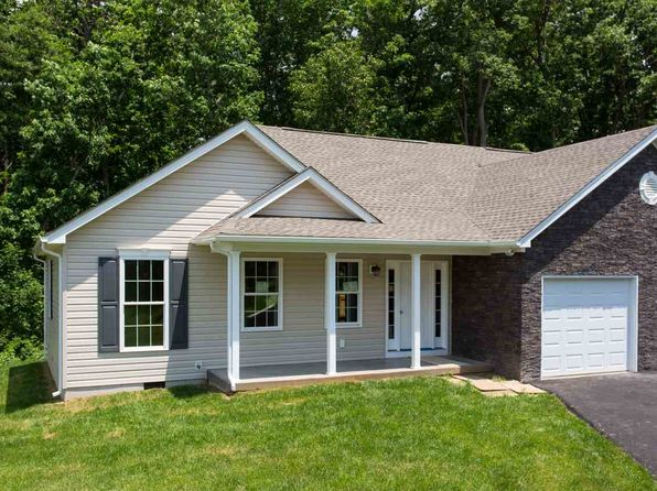 2 bed 2 bath Condo at 325 Willow Oak Dr Elkton, VA, 22827 is for sale at 209k - 1 of 18