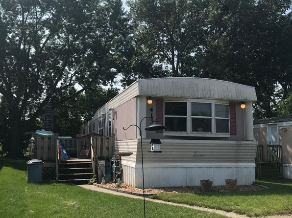 Trailer Home For Sale on trailer home for sell, trailer park homes, trailer homes inside, trailer homes on sale, trailer homes art, trailer homes design, trailer homes for rent,