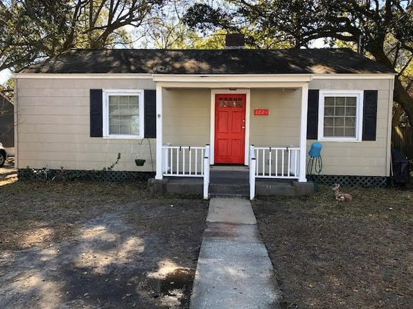2 bed 1 bath Single Family at 1223 Burke St Hanahan, SC, 29410 is for sale at 70k - 1 of 12