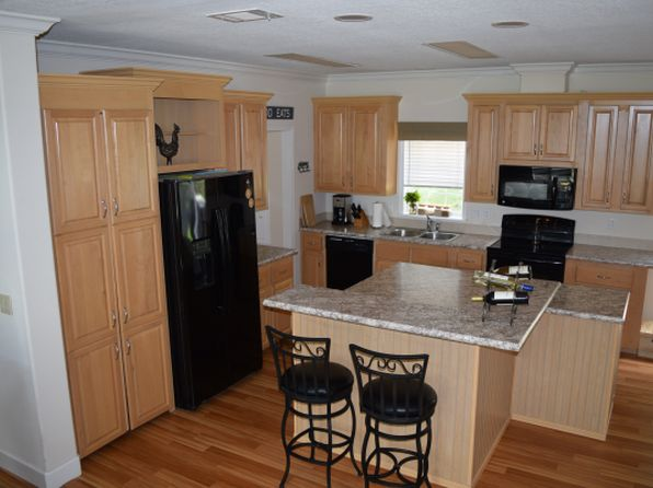 3 bed 2 bath Mobile / Manufactured at 4371 NE 160th Ave Williston, FL, 32696 is for sale at 258k - 1 of 31