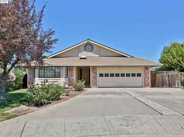 3 bed 2 bath Single Family at 1102 Beach Ct Discovery Bay, CA, 94505 is for sale at 525k - 1 of 15