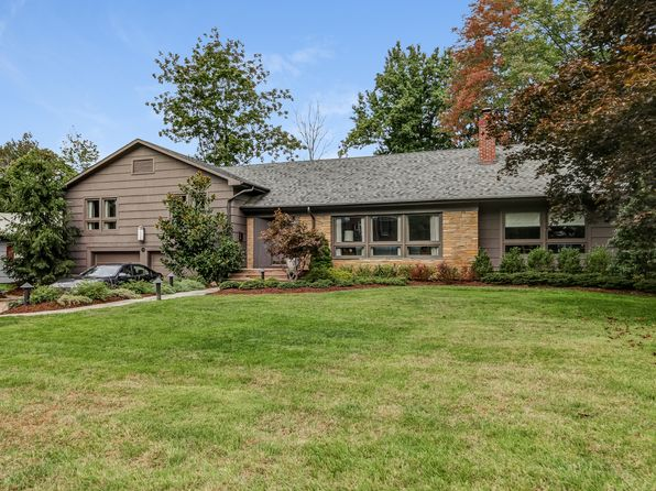 4 bed 4 bath Single Family at 203 Northwoods Dr South Orange, NJ, 07079 is for sale at 889k - 1 of 19