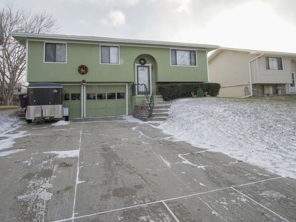3 bed 2 bath Single Family at 822 Pine St South Sioux City, NE, 68776 is for sale at 140k - 1 of 20