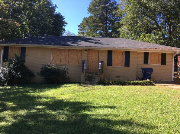 3 bed 2 bath Single Family at 2419 Baywood Dr SE Atlanta, GA, 30315 is for sale at 94k - 1 of 10
