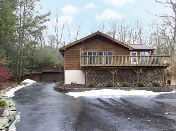 3 bed 3 bath Single Family at 11 Hemlock Cir Lakeville, PA, 18438 is for sale at 419k - 1 of 35