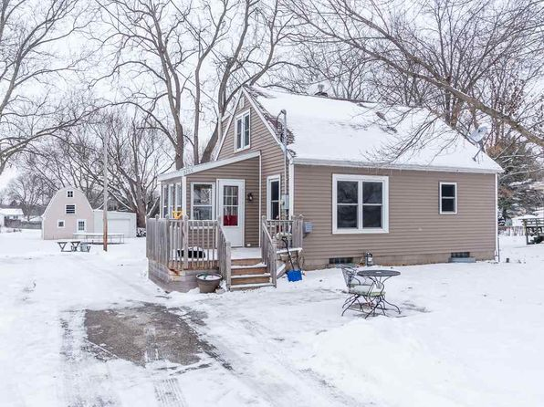 3 bed 1 bath Single Family at 3266 HAMMOND AVE WATERLOO, IA, 50702 is for sale at 108k - 1 of 20