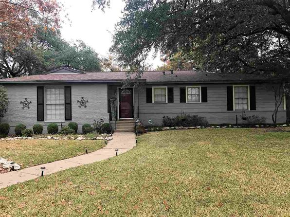 3 bed 2 bath Single Family at 2501 N 42nd St Waco, TX, 76710 is for sale at 140k - 1 of 10