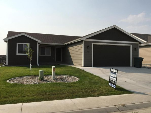 3 bed 2 bath Single Family at 203 College Park Cir Gillette, WY, 82718 is for sale at 250k - 1 of 46