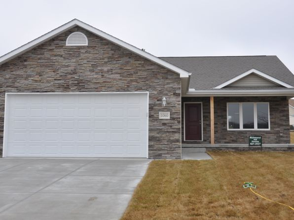3 bed 2 bath Single Family at 1060 Hackberry Bennet, NE, 68317 is for sale at 226k - 1 of 54