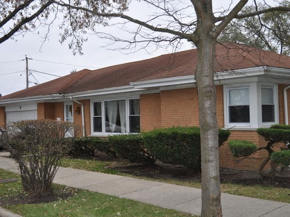 4 bed 3 bath Single Family at 9 E Thomas St Arlington Heights, IL, 60004 is for sale at 250k - 1 of 16