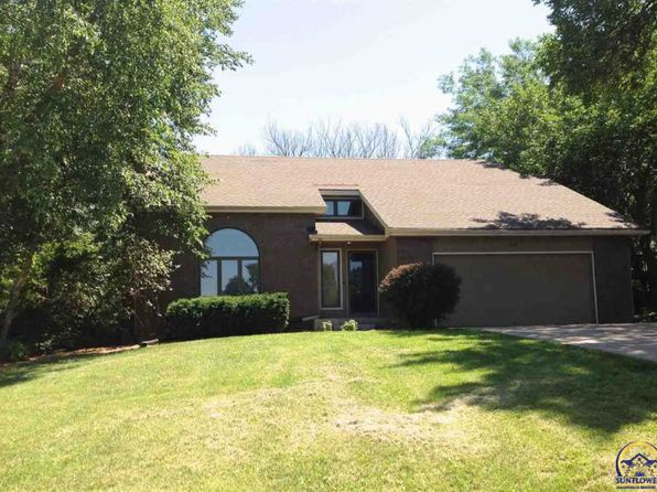 3 bed 2.5 bath Single Family at 7133 SW Robins Dr Topeka, KS, 66610 is for sale at 204k - 1 of 18
