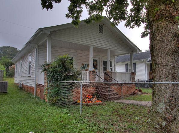 3 bed 1 bath Single Family at 703 Poplar St Loudon, TN, 37774 is for sale at 70k - 1 of 23