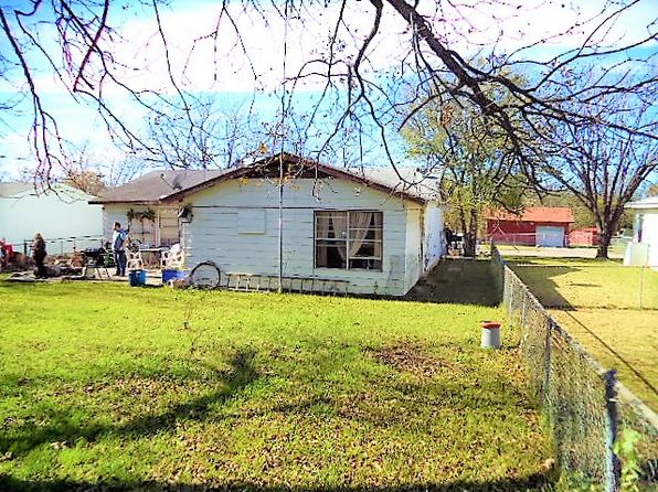 3 bed 1 bath Single Family at 406 Alexander St Killeen, TX, 76541 is for sale at 62k - 1 of 13