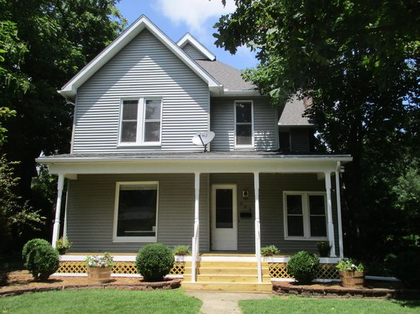 4 bed 2 bath Single Family at 304 E Houghton St Tuscola, IL, 61953 is for sale at 150k - 1 of 34