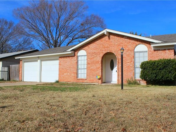 3 bed 2 bath Single Family at 4229 Burly St Forest Hill, TX, 76119 is for sale at 130k - 1 of 19