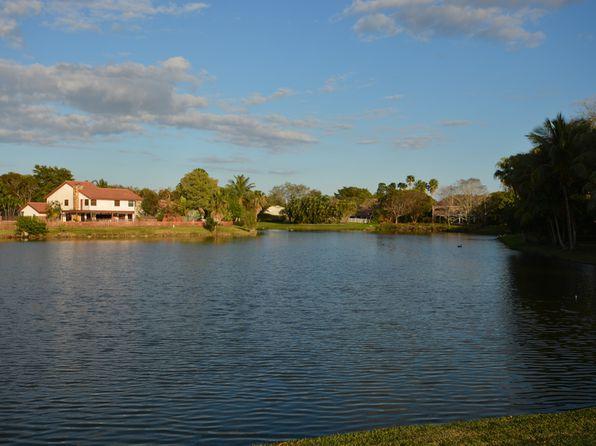 4 bed 3 bath Single Family at 10253 Vestal Mnr Coral Springs, FL, 33071 is for sale at 500k - 1 of 43