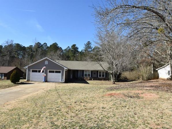 3 bed 2 bath Single Family at 1095 Estates Ct Stockbridge, GA, 30281 is for sale at 135k - 1 of 34