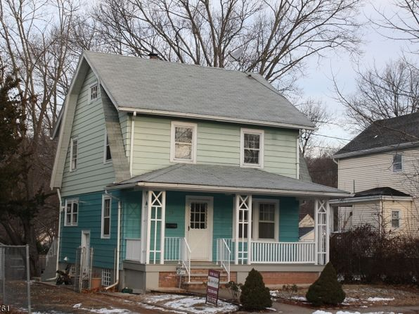 3 bed 2 bath Single Family at 79 Mountain Ave North Plainfield, NJ, 07060 is for sale at 240k - 1 of 7