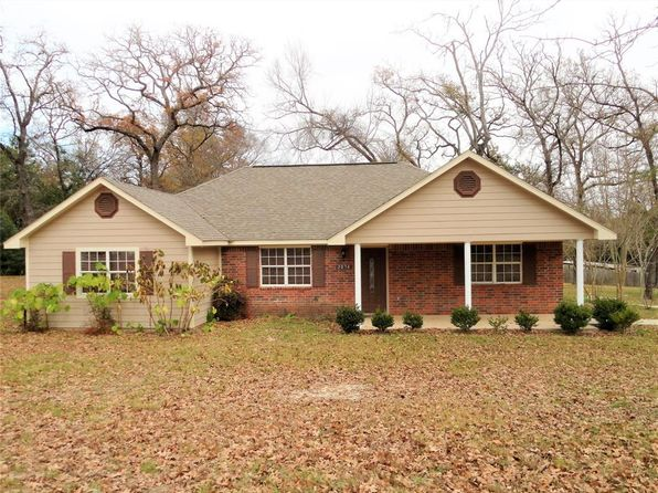 4 bed 2 bath Single Family at 2074 County Road 203 Centerville, TX, 75833 is for sale at 165k - 1 of 14