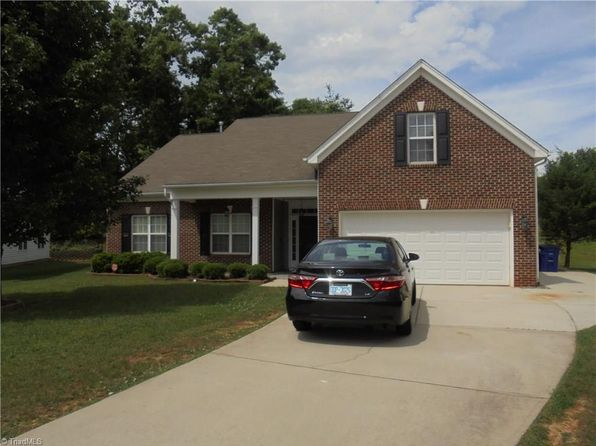 4 bed 2 bath Single Family at 4215 Shadetree Cir Winston Salem, NC, 27107 is for sale at 170k - 1 of 30
