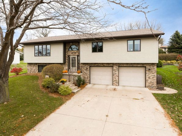 3 bed 2 bath Single Family at 1029 Oak Forest Dr Onalaska, WI, 54650 is for sale at 235k - google static map
