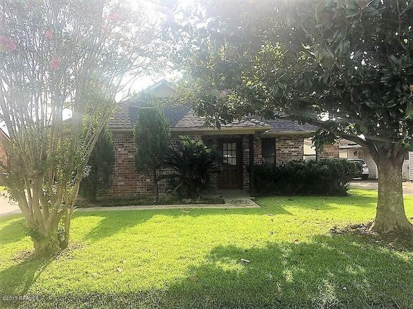 2 bed 2 bath Single Family at 113 Marietta Dr Youngsville, LA, 70592 is for sale at 145k - 1 of 13
