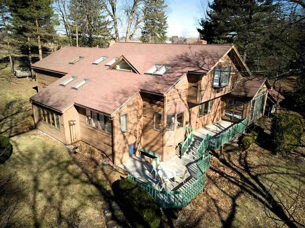 3 bed 3 bath Single Family at 1997 Hathaway Point Rd Saint Albans, VT, 05478 is for sale at 448k - 1 of 40