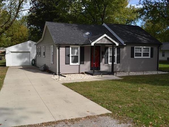 3 bed 1 bath Single Family at 1751 Jefferson St Carlyle, IL, 62231 is for sale at 95k - 1 of 39