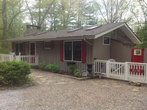 3 bed 3 bath Single Family at 411 Picklesimer Rd Highlands, NC, 28741 is for sale at 399k - 1 of 4