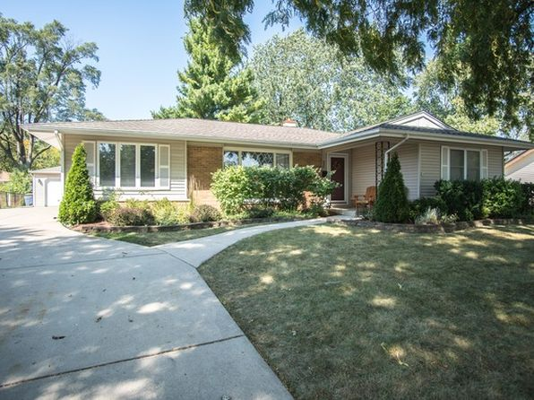 3 bed 2 bath Single Family at 936 Hartford Ln Elk Grove Village, IL, 60007 is for sale at 268k - 1 of 29
