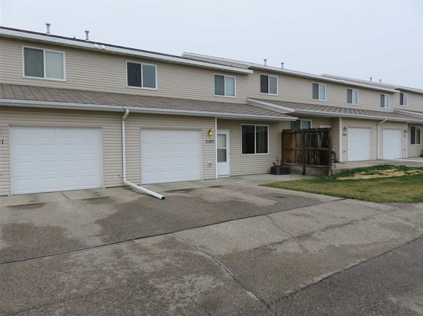 2 bed 1.5 bath Condo at 2105 13th St NW Minot, ND, 58703 is for sale at 130k - 1 of 24