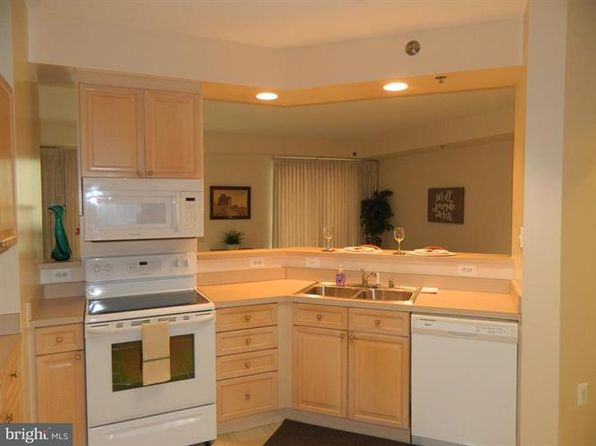 1 bed 2 bath Condo at 3210 N Leisure World Blvd Silver Spring, MD, 20906 is for sale at 157k - 1 of 27
