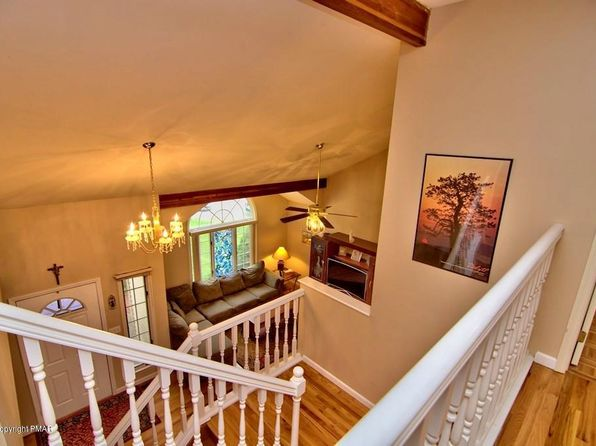 4 bed 3 bath Single Family at 106 Papillion Ct East Stroudsburg, PA, 18301 is for sale at 295k - 1 of 47