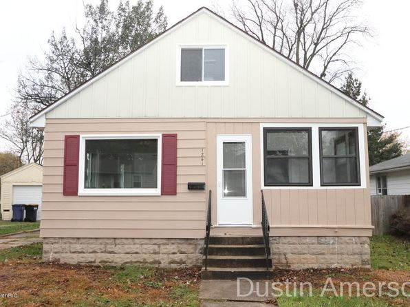 3 bed 1 bath Single Family at 1241 Houseman Ave NE Grand Rapids, MI, 49505 is for sale at 130k - 1 of 15