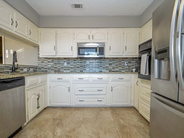 3 bed 2 bath Single Family at 7101 Lakeshore Dr Rowlett, TX, 75089 is for sale at 185k - 1 of 21